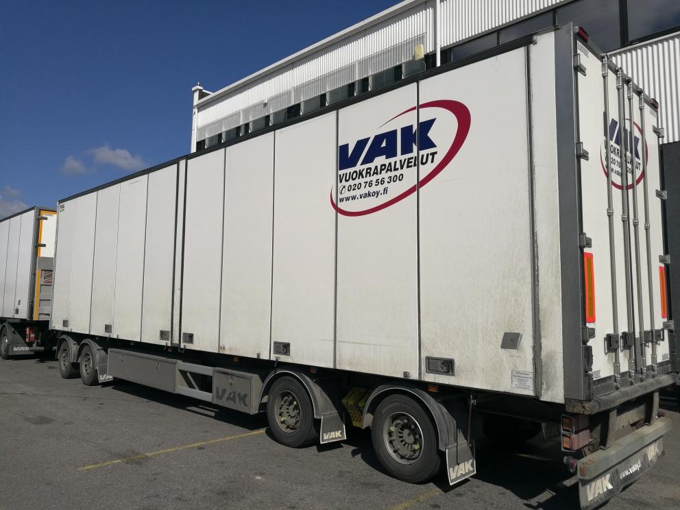 4-akselinen kokosivuaukeava kylmävaunu VAK 2009