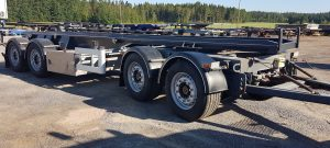 4-akselinen vaihtolavaperävaunu VAK 2011